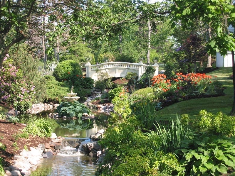 Shop halifax public gardens autos post for Better homes and gardens furniture customer service phone number